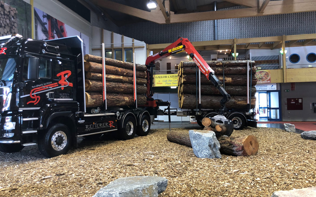 Ressenig Fahrzeugbau Forstwirtschaft Rungenaufbauten mit Anhänger